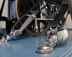 Systèmes de retenue pour fauteuils roulants Q'STRAINT