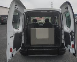 RENAULT KANGOO 1.5L 90CV TPMR 3 places assises+1 Fauteuil roulant